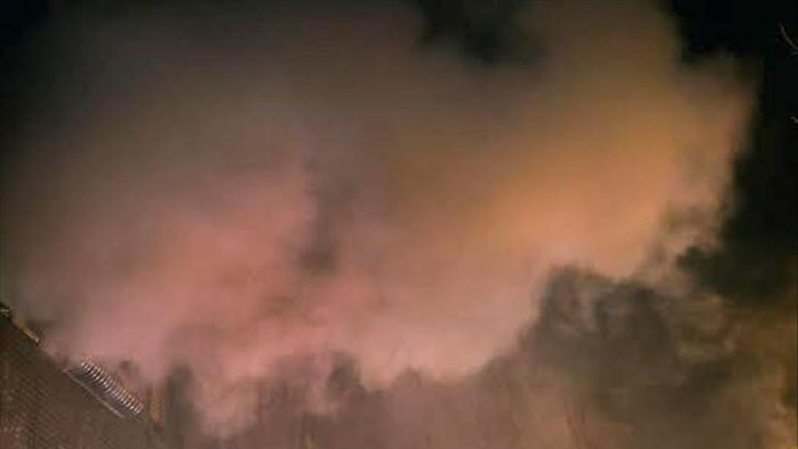 Cuatro heridos, entre ellos un bebé, por incendio causado por un brasero