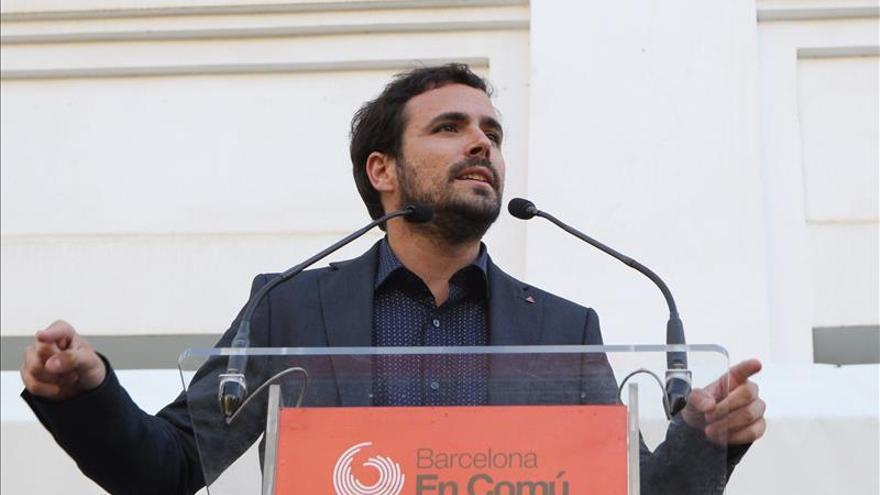 Garzón dice que Rajoy es un ladrón que preside un partido de ladrones