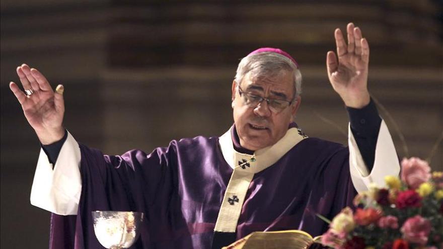 """El arzobispo de Granada rehúsa hablar de abusos sexuales porque """"todo está dicho""""."""