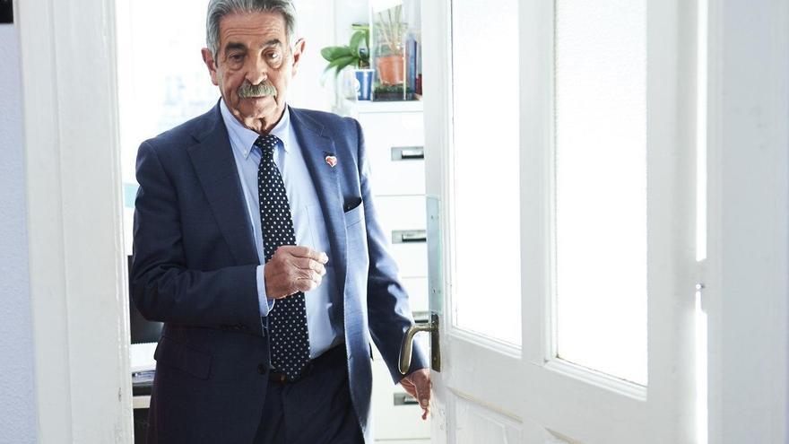 El presidente de Cantabria y secretario general del PRC, Miguel Ángel Revilla. | JUANMA SERRANO