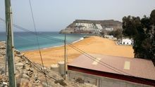 Playa de Anfi Tauro, remodelada con arena saharaui