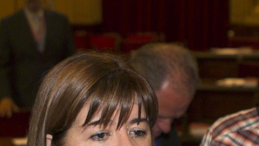 La presidenta del Parlament balear votó con el PP porque Podemos la borró del Telegram