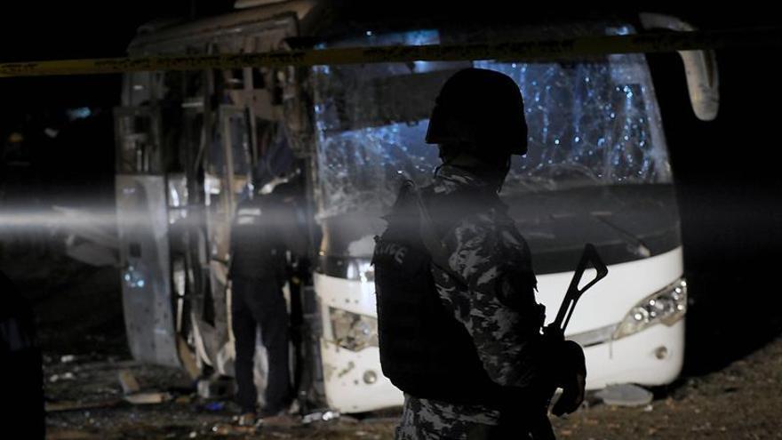 EE.UU. apoya a Egipto en la lucha contra terrorismo tras atentado de Guiza