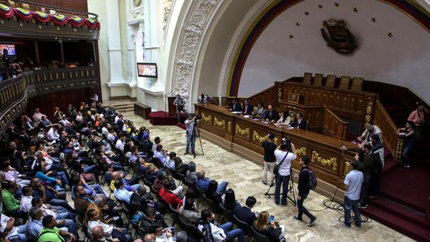 """El Parlamento denunciará a Maduro ante la CPI por """"delitos de lesa humanidad"""""""