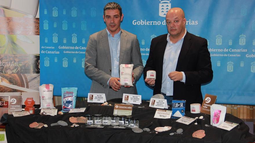 Narvay Quintero y José Díaz-Flores dieron a conocer el fallo del certamen este martes en Santa Cruz
