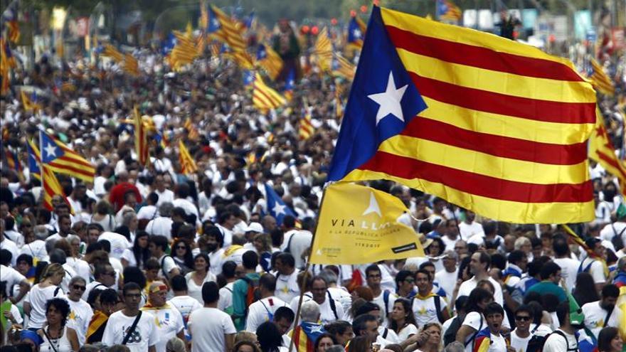 El 51,9 % de los catalanes se opone a la desobediencia, según un sondeo