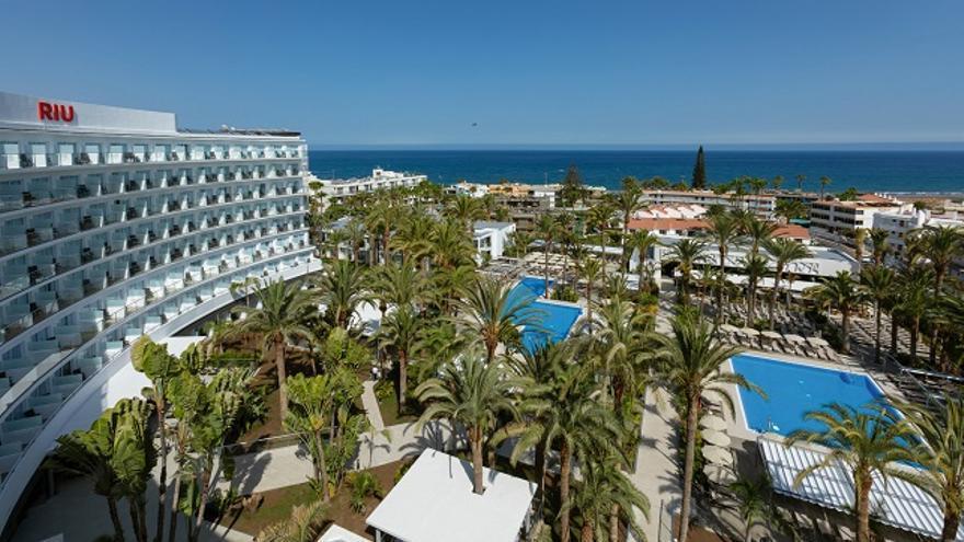 Los hoteles de Canarias, cerrados o en mínimos, prevén su reactivación a partir de junio