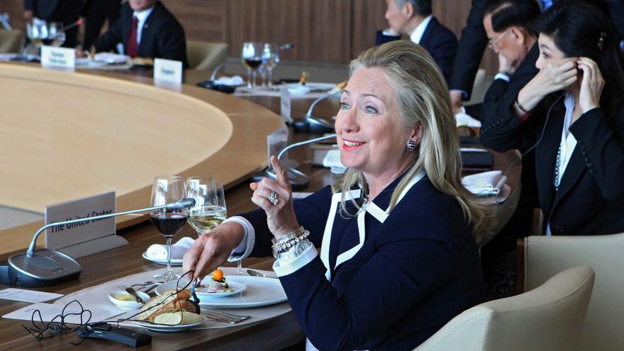 Clinton pide a Rusia que posponga hasta 2013 el cierre de USAID