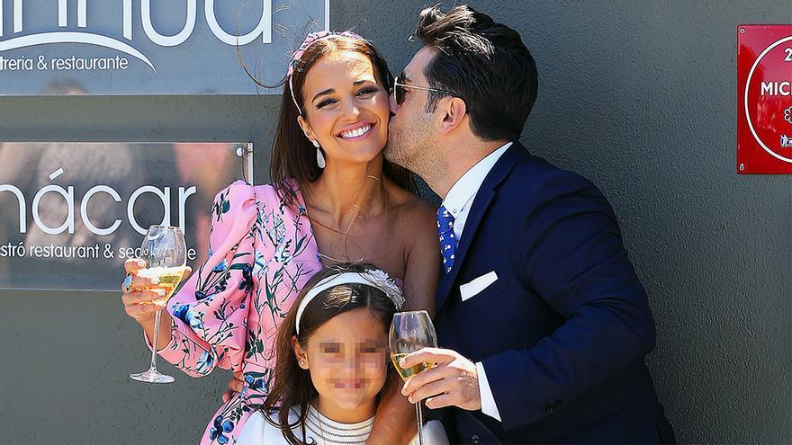 David Bustamante y Paula Echevarría en la Comunión de su hija (GTRES)