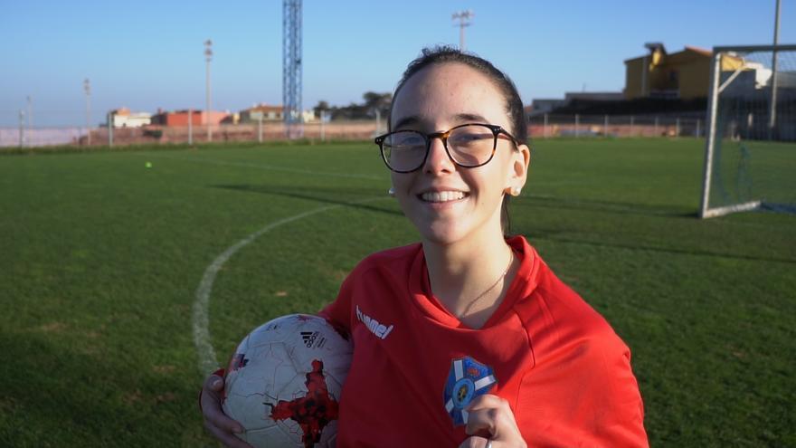 Sofía, en el campo dos de la Ciudad Deportiva Tenerife Javier Pérez.
