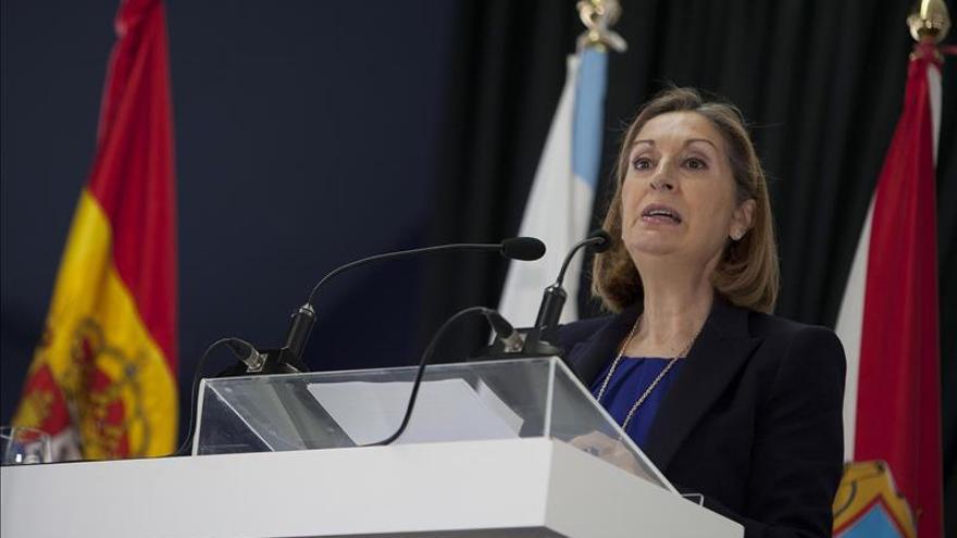 """Ana Pastor pide, en Ferrol, votar al PP para que este país """"siga avanzando"""""""