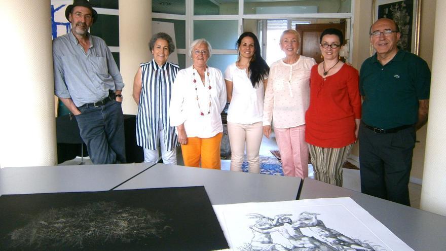 La consejera de Cultura (segunda por la izquierda) presidió el jurado.