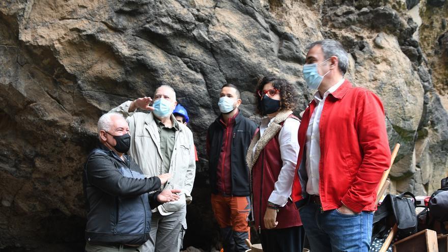 Comienza la campaña arqueológica en el yacimiento de la Cueva de El Tendal