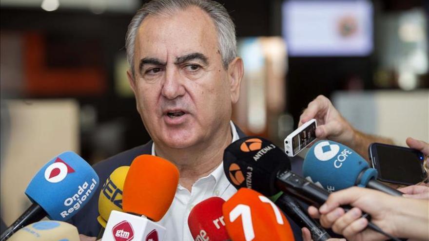 Los 26 ayuntamientos socialistas murcianos se unen a la red de ciudades refugio