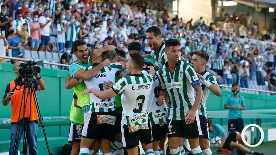 Las imágenes del Córdoba CF - Don Benito