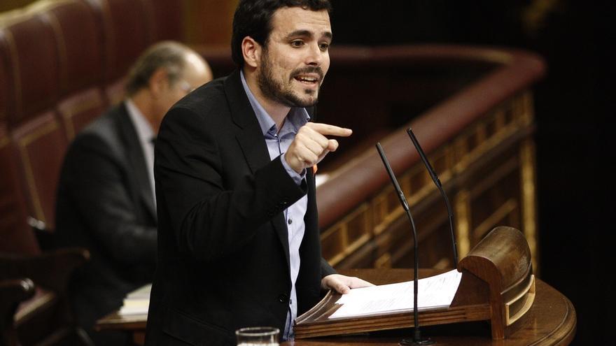 """Garzón acusa a Iglesias de """"soberbia"""" al autoproclamarse líder de la oposición"""