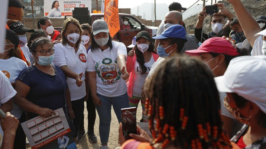 Perú entra en la recta final de la campaña electoral sin superar la segunda ola