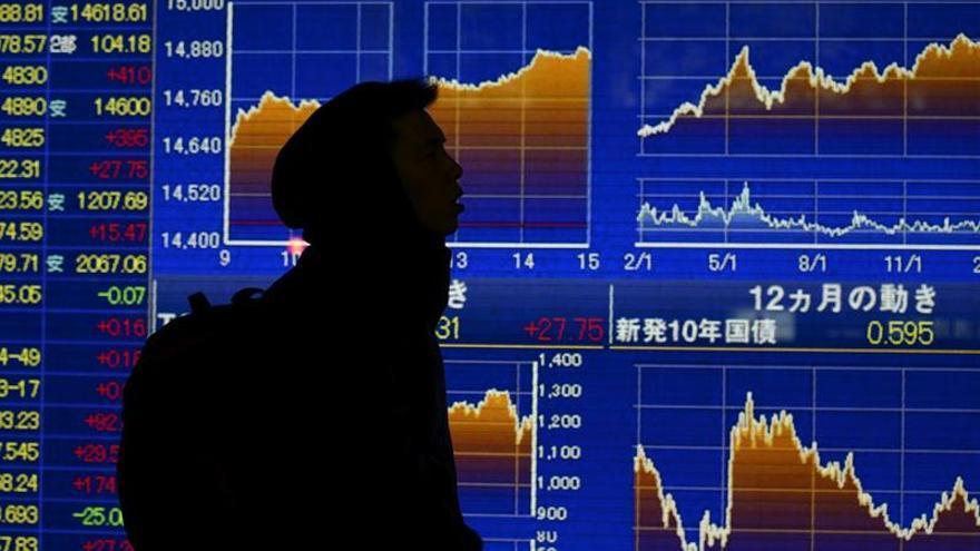 Tokio sube con fuerza tras la apertura por la reunión del Gobierno y el BOJ