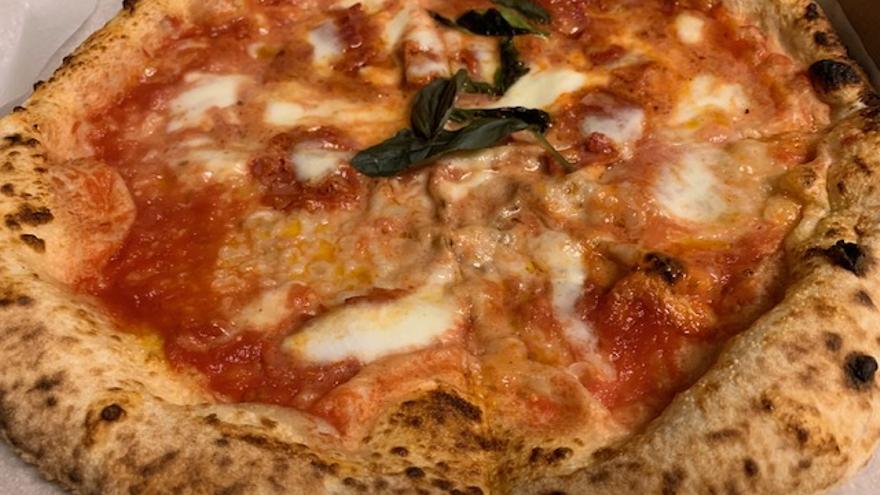 Lacandella, el restaurante que cocina pizzas