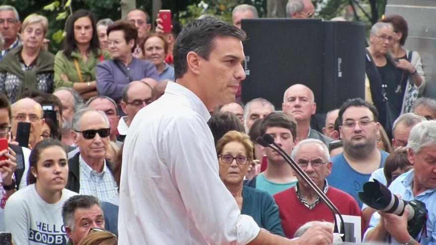 Pedro Sánchez mantiene este viernes un encuentro con militantes en Basauri (Vizcaya)