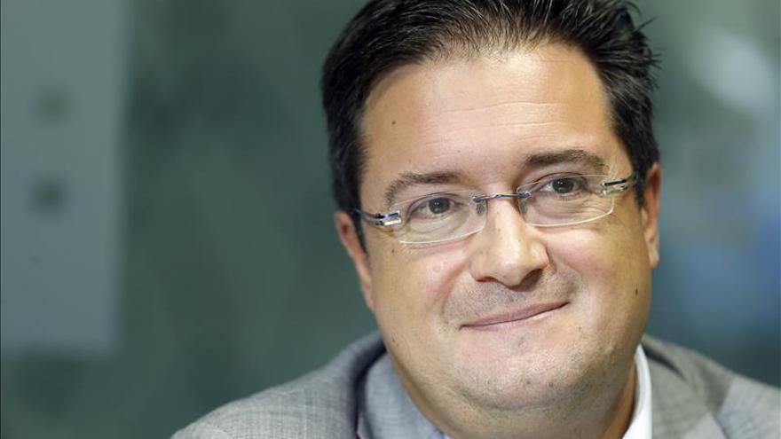 """Óscar López: """"Rajoy vive atrapado en los papeles de Bárcenas"""""""