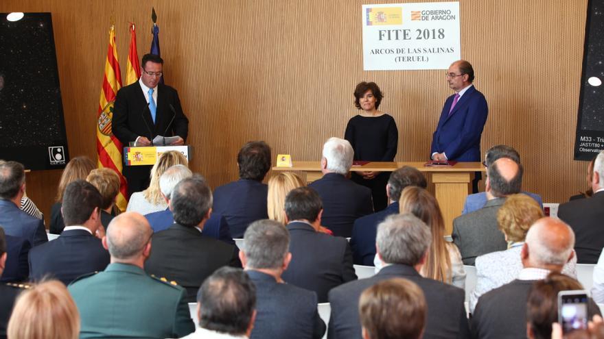 Soraya Sáenz de Santamaría y Javier Lambán en la firma del FITE 2018