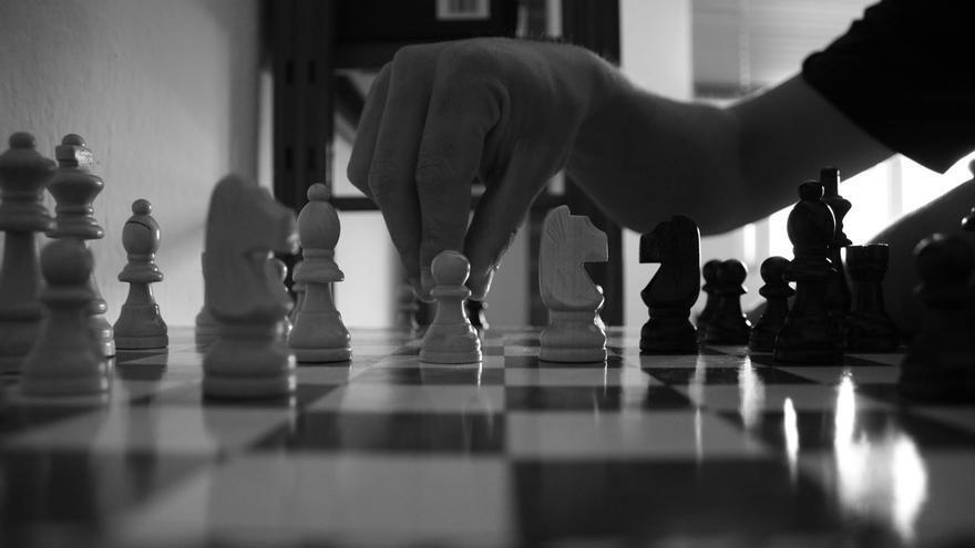 La vida es una partida de ajedrez.