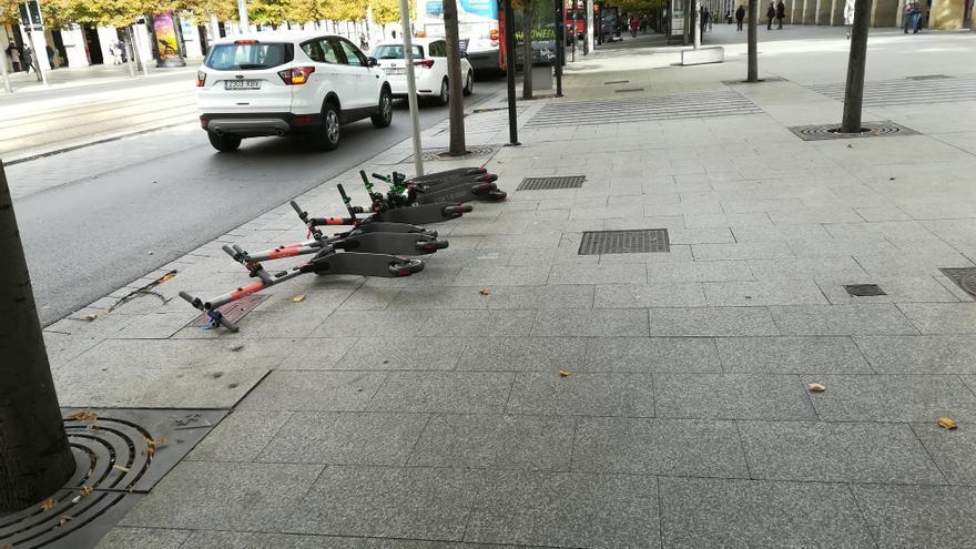 Los patinetes de servicios de movilidad compartida solo podrán estacionarse en los espacios autorizados en las licencias otorgadas a las empresas