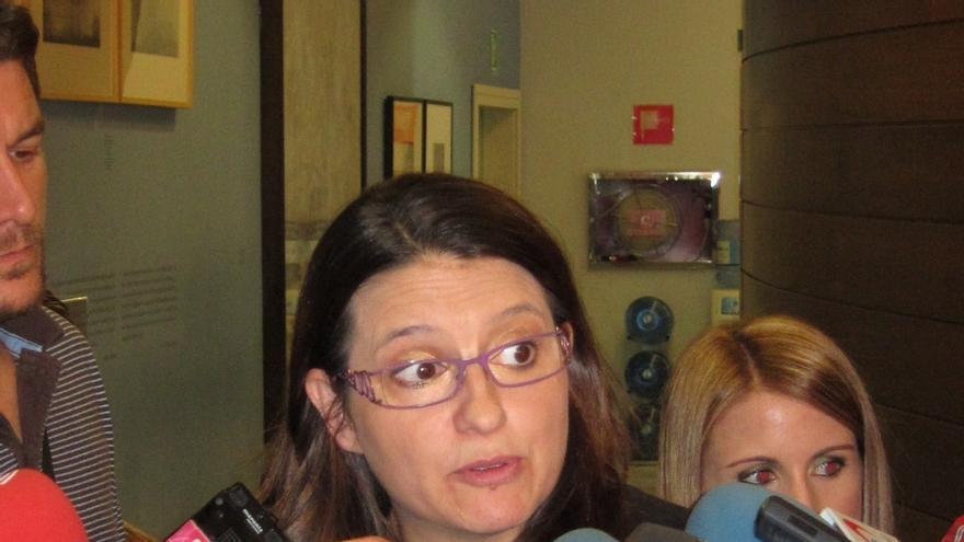 La Mesa de las Cortes de Valencia propone suspender un mes la condición de diputada a Mònica Oltra