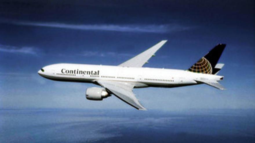 Un Boeing 777-200 de Continental Airlines