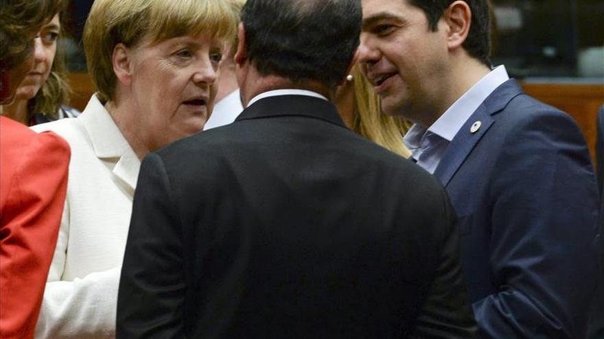 Grecia y los socios del euro negocian desde hace 15 horas un compromiso
