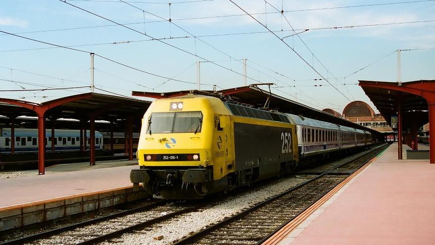 Tren de la década de los 90.