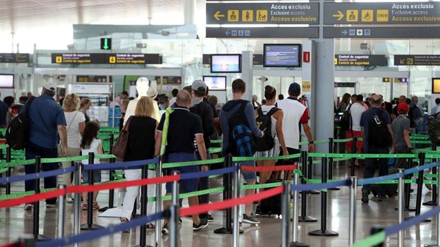 Los empleados de tierra de Iberia en El Prat van a la huelga este fin de semana