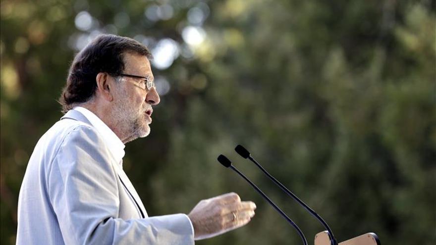 """Rajoy declara """"la guerra sin cuartel"""" al paro y ve la crisis en retirada"""