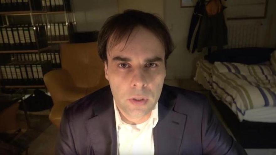 Imagen del presunto agresor de los tiroteos de Hanau, Tobias R., en un vídeo publicado por él la semana anterior al ataque