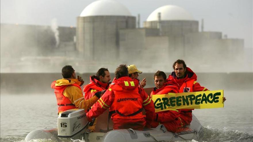 Un informe de Greenpeace suspende la seguridad de la central de Almaraz