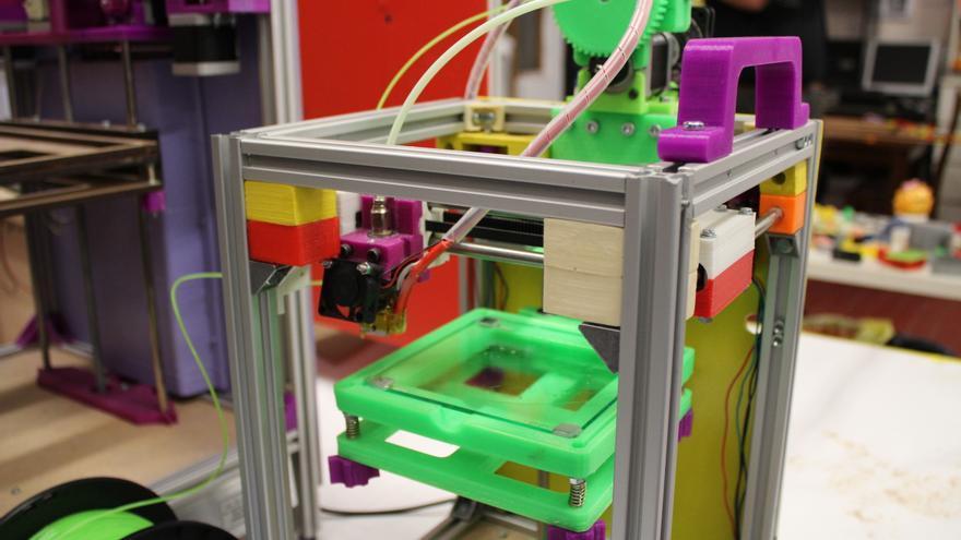 Impresora 3D fabricada por Enrique Vaquero y Javier Hamburger