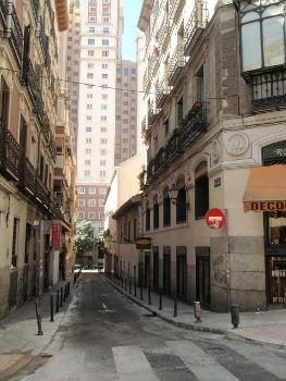 Calle Dos Amigos | L.C.