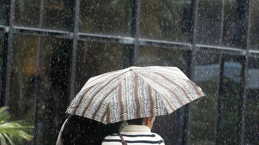 Persisten las lluvias en Canarias este miércoles, especialmente fuertes en Lanzarote y Fuerteventura