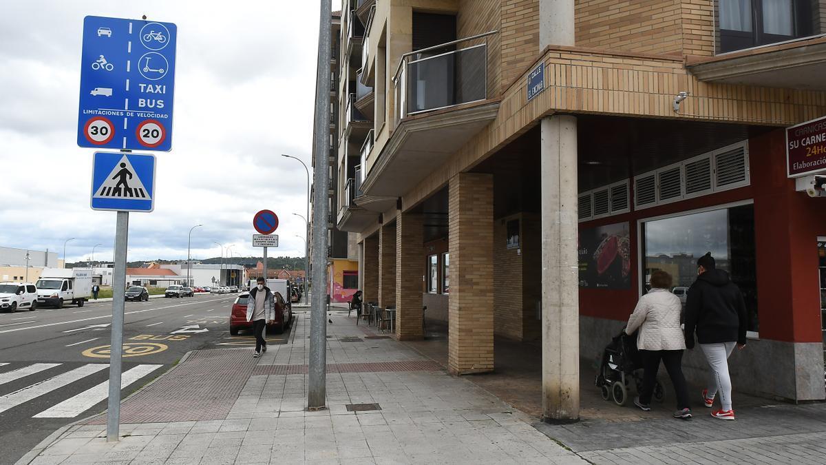 Vista de la calle Encinar. EFE/ J. Casares