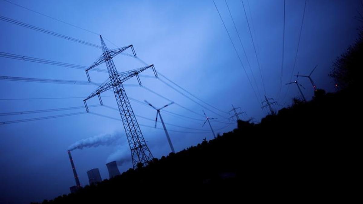 Torres de alta tensión del sistema eléctrico.