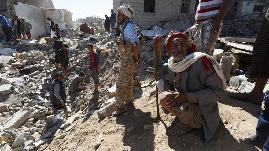 La OMS dice que más de 2.000 personas han muerto por el conflicto en Yemen