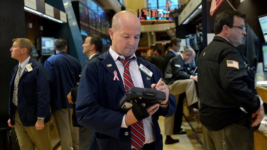 Wall Street abre con una subida del 0,29 por ciento confiando en Bernanke