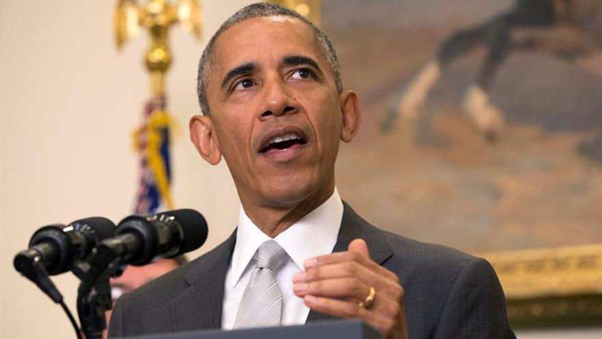 Obama frena la reducción de tropas en Afganistán por los avances Talibán