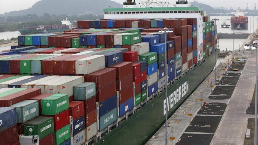 Panamá comienza la exportación de piña a China