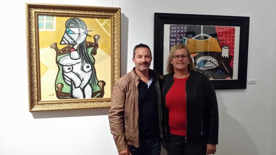 Juan Cardoso, junto a Elena Álamo.