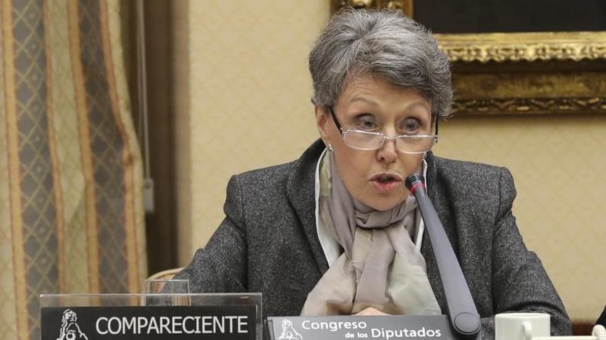 Rosa María Mateo pide disculpas al diputado del PP al que insultó