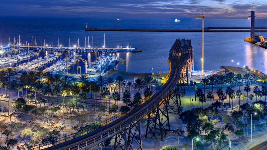 Vista nocturna del entorno del 'cable inglés'