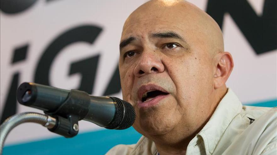 """La oposición venezolana pide """"avanzar"""" hacia el cambio pues 2016 será """"complejo"""""""