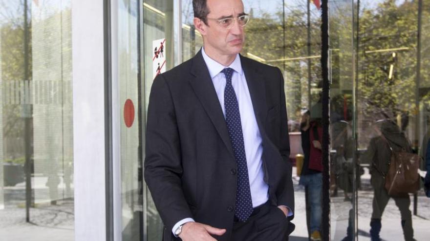 Fiscal pide cinco años al exconcejal de CiU Antoni Vives por contrato ilegal